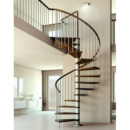 Tổng số bậc cầu thang phải phù hợp với chiều cao ngôi nhà